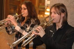 erwachsene lernen trompete mit trompetenunterricht und trompetenlehrer