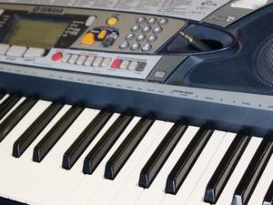 Keyboard lernen mit Keyboardunterricht und Keyboardlehrer in Bad Vilbel