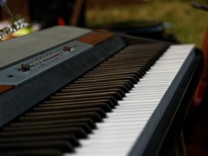 Keyboard lernen mit Keyboardunterricht und Keyboardlehrer in Bergisch Gladbach