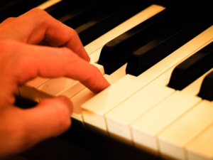 Keyboard lernen mit Keyboardunterricht und Keyboardlehrer in Rödinghausen, Westfalen