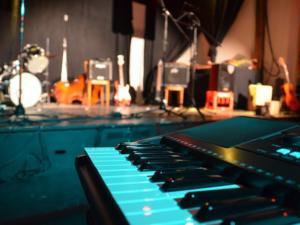 Keyboard lernen mit Keyboardunterricht und Keyboardlehrer in Burghaun