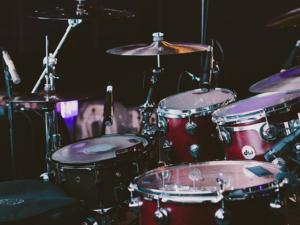 Schlagzeug lernen mit Schlagzeugunterricht und Schlagzeuglehrer in Baar-Ebenhausen