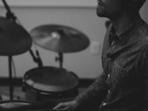 Schlagzeug lernen mit Schlagzeugunterricht und Schlagzeuglehrer in Französisch Buchholz